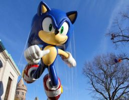 Sonic  The Hedgehog macy parade 2012 by FiveNightsAtFoxys