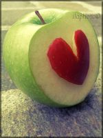 Apple by Lilith1995