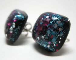 Studs w. Multicolor Glitter by ExperienceDesigns