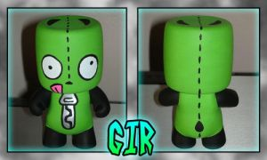 CDB Gir Vinyl Custom by StephanieCassataArt