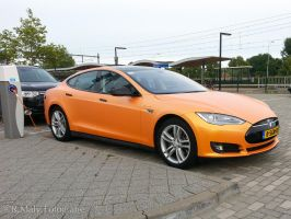 The orange Tesla by TLO-Photography