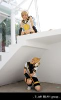 Vocaloid_Hide and seek by Dan-Gyokuei