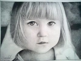 Girl Drawing by mazdisna