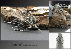 Jenifer- wire wrapped earrings by mea00
