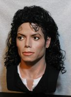 Last Pic of Uk customer MJ lifesize bust by godaiking