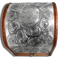 ROSES CHEST (COVER) by arteymetal