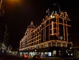 Harrods by ChrisUnger