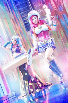 Arcade Sona and Arcade Miss Fortune by ONE-Photographie