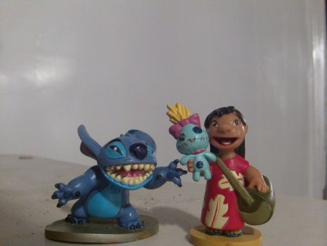 Lilo and Stitch hi close up by Stitchthebest36