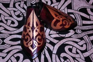 Fleur Di Lis Leather Bracers by Landchild-Artisans