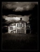 House of Tragedy II by weeja