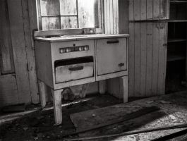 Old Stove by electricjonny