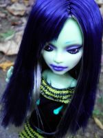 Monster High OOAK - Ebony Whiteraven by aurieth-mynonys