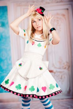 Alice from Heart no Kuni no Alice by idleambition