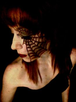 spider beauty by bskeleton