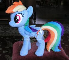 Rainbow Dash v1 by hystree