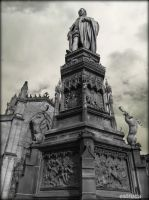 Edinburgh Statue by Estruda