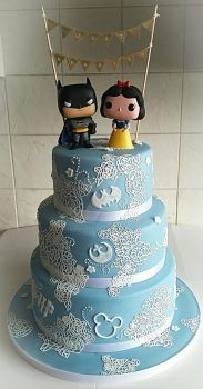 Blue Vintage Lace Wedding Cake by clvmoore
