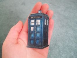 tiny tardis drawing by Krinkee