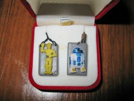 Droids trinket by Barbaroid