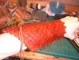 Leather armguard by SoerenHammer