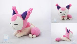 Skitty Beanie Plushie by dollphinwing