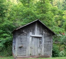 Old Country Building by thypentacle