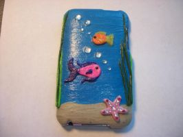 Fishy iPod case back by QueenAliceOfAwesome