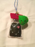 Wasabi and Soy Sauce plushies by CuteGio