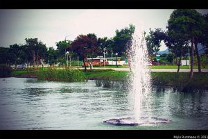 Fountain in a lake by morrigan-erinyes