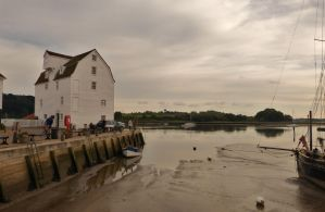 Woodbridge - Suffolk - October 2013 by PhilsPictures