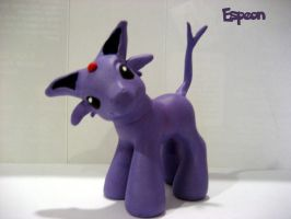 Espeon by hubert-frank-chan
