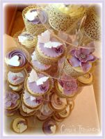 Wedding Cupcakes by gertygetsgangster