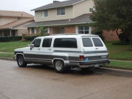 1989 Chevrolet Suburban Dually [Customized] by TR0LLHAMMEREN