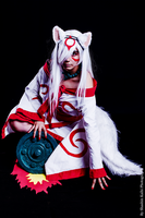 Pay attention ~ Cosplay Amaterasu [OKAMI] ver. 2 by Karinui