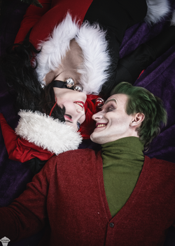 Harley Quinn and Joker (Christmas version) 13 by ThePuddins