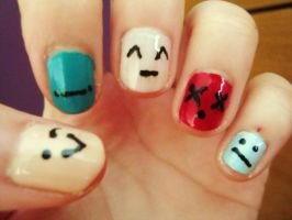 Punctuation face nails by luminousleopard