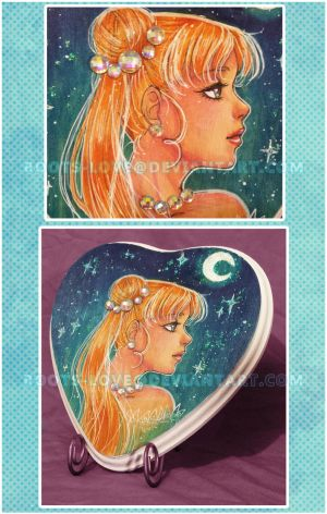 Mini Usagi with Crystals plaque by Roots-Love