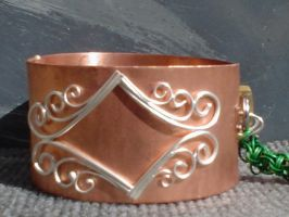 closeup on cuff of BandC ver1 by laru-dur
