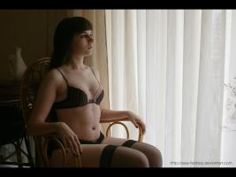 Like a Queen by DoncellaSuicide