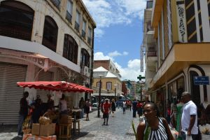 Street and building to Fort De France 3 by A1Z2E3R