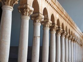 Colonnade by Horsissa