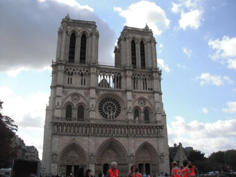 Notre Dame 1 by MoonlitTraitor