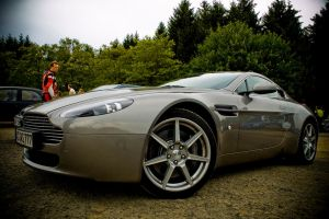 Aston Martin V8 Vantage by lokkydesigns