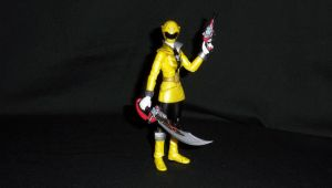 SH Figuarts GokaiYellow 2 by LinearRanger