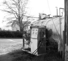 Old Gas Pump by PamplemousseCeil