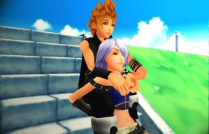 Roxas/Fuu: Right Here by Smirkaotic