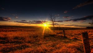 Another day setting in Queensland by GrantDixon