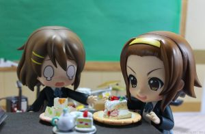 K-On Sweets Scene 1 by kixkillradio
