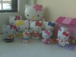 Hello kitty toys by mooseyx